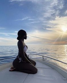 Black Girl Aesthetic, Summer Aesthetic, Bougie Black Girl, Vacation Mood, Vacation Travel, Beach Poses, Instagram Pose, Bikini Pictures, Beautiful Black Women