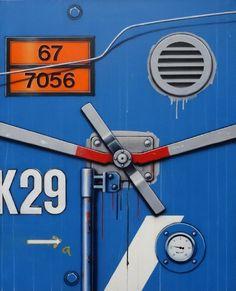 En vente samedi 21 mai 2016 par Vassy et Jalenques à Clermont-Ferrand : KLASEN Peter (né en 1935) Verrou K29 bleu 1988 Toile 40 F 100 x 81 cm. Est. 3 000 - 5 000 euros.
