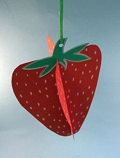 Create hanging decorations of fruits and vegetables for the classroom Craft Projects For Kids, Arts And Crafts Projects, Projects To Try, Kids Crafts, Quick Crafts, Easy Arts And Crafts, Diy And Crafts, Different Fruits And Vegetables, Hanging Decorations