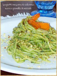 Spaghetti con purea di salicornia, zucca e granella di nocciole (Spaghetti with mashed Salicornia, pumpkin and hazelnuts)