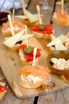 Bruschetta, Birthday Snacks, Toast Sandwich, High Tea, Antipasto, Buffet, Brunch, Food And Drink, Appetizers