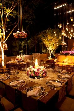 Patio Dining, Outdoor Dining, Engagement Party Decorations, Table Decorations, Wedding Table, Our Wedding, Eden Design, Table Setting Inspiration, Cool Tables