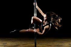 Di Indonesia, pole dancing, perpaduan antara senam dan tari, sepertinya belum banyak dikenal. Padahal, aktivitas itu konon mampu membikin tubuh lebih indah dan berisi. Di kancah internasional, pole dancing bahkan dikompetisikan dalam taraf olimpiade.   http://koran-jakarta.com/index.php/detail/view01/100297