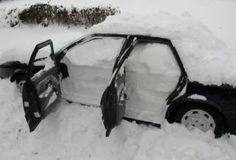 Ale mu do samochody śniegu napadało.