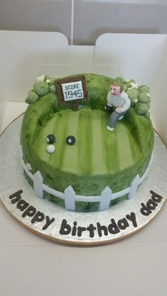Crown green bowling cake Bowling Birthday Cakes, 70th Birthday Cake, Birthday Parties, Green Cake, Bowl Cake, Dinosaur Cake, Green Bowl, Just Cakes, Cake Decorating Techniques