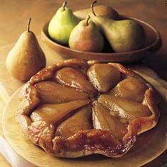 Tarte Tatin of Winter Pears Recipe Pie Dessert, Dessert Recipes, Cupcake Recipes, Pear Tarte Tatin, Pear Recipes, Yummy Recipes, Sweet Pie, Just Desserts, Sweet Tooth