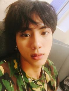 Jin ❤ [BTS Trans Tweet] 석지니 / Seokjinie (Is a handsome cutie) #BTS #방탄소년단