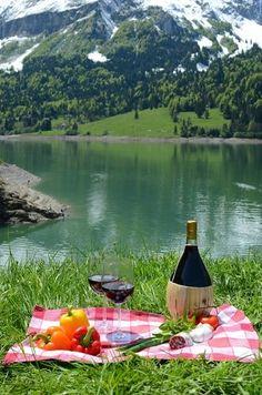 Romantic picnic setup