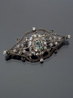 Jewelry & Watches - Sale 1271 - Lot 169 - Antique Tested 14-Karat Yellow Gold Emerald and Diamond Brooch Circa 1900 - ADAM A. WESCHLER & SON, INC : AUCTIONEERS AND APPRAISERS - SINCE 1890
