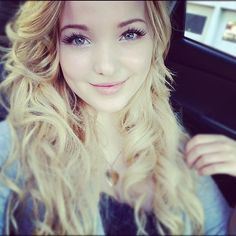 Oh my gawd! I want Dove Cameron's hair! Gorgeous much?