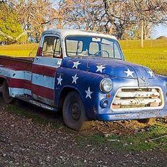 patriotic truck.....love it..Let http://www.timerental.biz/ help you design your dream truck.