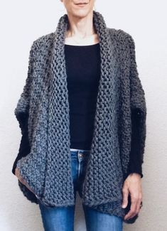 The Day Coat - sweater / jacket knitting pattern by Karen Clements. Diy Tricot Crochet, Crochet Poncho, Crochet Socks, Easy Crochet, Loom Knitting, Knitting Patterns, Crochet Patterns, Free Knitting, Sewing Patterns
