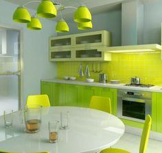 Wandgestaltung-für-die-Küche-grün-hell-dunkel