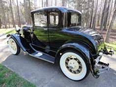 1931 Ford Model A, 5 Window Coupe