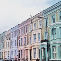 Pastel houses in Notting Hill   More travel inspiration and guides on thesundaychapter.com. ✈️ #travelgram