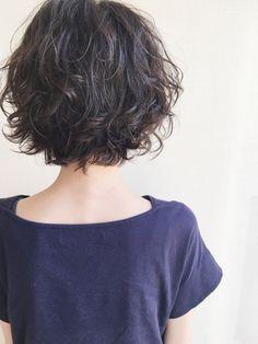 Ftm Haircuts, Short Wavy Haircuts, Tomboy Hairstyles, Medium Bob Hairstyles, Short Curly Hair, Medium Hair Styles, Curly Hair Styles, Androgynous Haircut, Shot Hair Styles