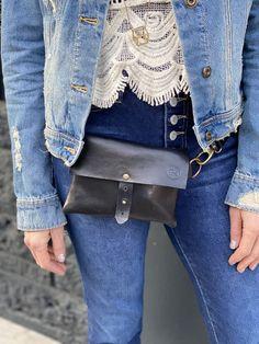 Italian Leather, Messenger Bag, Style Inspiration, Brown, Bags, Beautiful, Fashion, Handbags, Moda