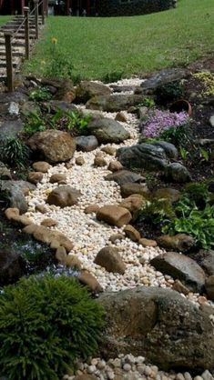 Cool Front Yard Rock Garden Landscaping Ideas- LOVE this dry creek bed idea for the back! Country Landscaping, Small Backyard Landscaping, Landscaping With Rocks, Landscaping Ideas, Backyard Ideas, Dry Riverbed Landscaping, Modern Backyard, Florida Landscaping, Sloped Backyard