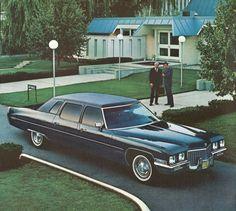 1971 Cadillac Fleetwood limousine Cadillac Ct6, Cadillac Fleetwood, Old School Cars, Rolling Stock, Car Advertising, Us Cars, Limo, Car Car, Motor Car
