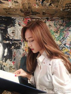 Girls Generation/SNSD 💕 discovered by ʀᴏᴄᴋs✞ᴀʀ Jessica & Krystal, Jessica Lee, Krystal Jung, Kim Hyoyeon, Seohyun, Snsd, Billie Eilish, Kpop Girl Groups, Kpop Girls