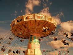 NC State Fair  saw this @Sarah Foster and it reminded me of that really FAB photo you took in Weston - do you remember?! xx