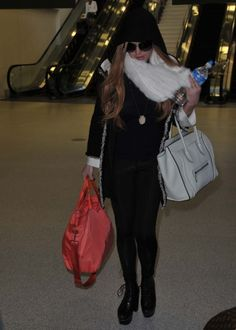 23103d3fedf Lindsay Lohan arriving into Washington DC