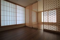 Living Shouji (障子)by Yoshihara  Wood Works  Their hand made shouji partition is beautiful!
