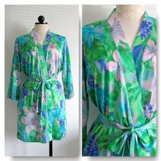 Watercolor Floral Vintage Short Dressing Gown Robe VintageHag.com