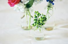 simple centerpieces for a smith barn wedding