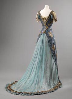 Vestido de noche, Reino Unido, CA. 1910. Museo Nacional de arte, arquitectura y diseño, Noruega