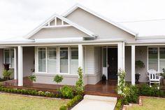 New Exterior House Cladding Colour Schemes 15 Ideas Cottage Exterior, Exterior House Colors, Exterior Design, Wall Exterior, Grey Exterior, Facade Design, Weatherboard Exterior, Cladding Design, Exterior Houses