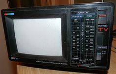 Saisho CTR6 portable TV and radio 1980s
