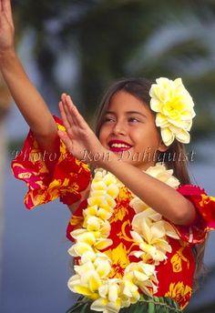 Keiki hula dancer, Maui, Hawaii