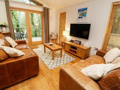 Rating 3 Star PET FRIENDLY. Click picture to view next 5 months price and availability. This lodge is in Lanreath, Cornwall and can sleep four people in two bedrooms.