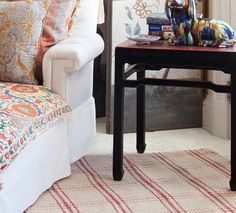 Indoor/Outdoor #Rugs: The Perfect Pick-Me-Up For Your Porch. Just in time for spring, Bunny Williams debuts a new indoor/outdoor rug collection with #DashandAlbert.