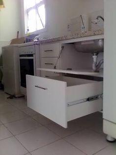Resultado de imagem para gabinete de cozinha com gavetas planejadas