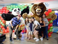 The BEST DAY EVER according to our little warrior Enrico as he celebrated his 9th birthday today 🎂😊🎉🎈🙏❤️✨ E was sooo happy when Master Po Ping 🐼 & Alex the Lion 🦁 danced for him and showered him with hugs & gifts! 🎁 Thank you dear Lord for such an amazing day! What a sweet surprise @dreamplaymanila, thank you! ❤️🎄🎅🏻 #Family #Cousins #Birthday #LittleWarrior #EnricosHappyBattle