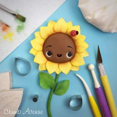 Cute Sunflower Cake Topper - fondant, gum paste, flower, spring, idea, inspiration, ladybug