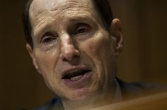 "Sen. Ron Wyden On Iran Deal: Obama ""Flouting"" Congress By Going To U.N. First - BuzzFeed News"