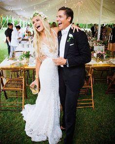 A felicidade estampado no rosto de quem casou com o amor da sua vida!