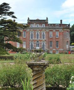 country home. Chettle House, england. photography by Pikesville (flickr)