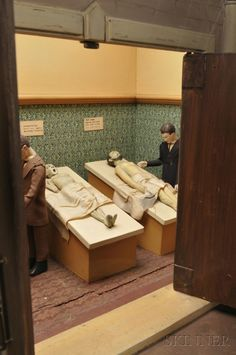 Coin-Operated Automaton Vintage Mortuary- this is really cool, I could see something like this on Oddities