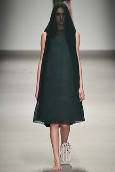 Central Saint Martins Fall 2015 Ready-to-Wear - Collection - Gallery - Style.com