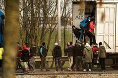 Frankrijk en Groot-Brittannië gaan een 4 meter hoge muur neerzetten langs de…