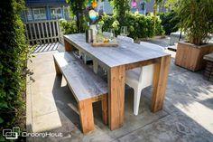 De lente komt er weer aan! Ook DroomHout heeft de leukste meubels en inspiratie voor tuin en terras!   Tuinspiratie   Tuintafels van hout!