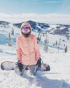 Картинка с тегом «outdoor, snow, and snowboard Winter Fun, Winter Snow, Poses, Snowboard Girl, Snowboarding Outfit, Ski Season, Foto Pose, Winter Pictures, Beach Volleyball