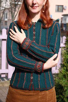 Ravelry: Anne Boleyn (2013) pattern by Alice Starmore