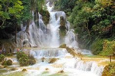 http://www.vietnamitasenmadrid.com/laos/cataratas-kuang-si.html  Cataratas Kuang Si en Luang Prabang, norte de Laos