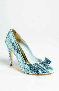 Glitter peep toes - yes, please!