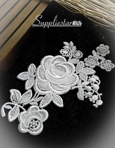 LACE MOTIF 10.5 cm x 7.5cm BEAUTIFUL  OFF WHITE FLORAL EMBROIDERED APPLIQUES